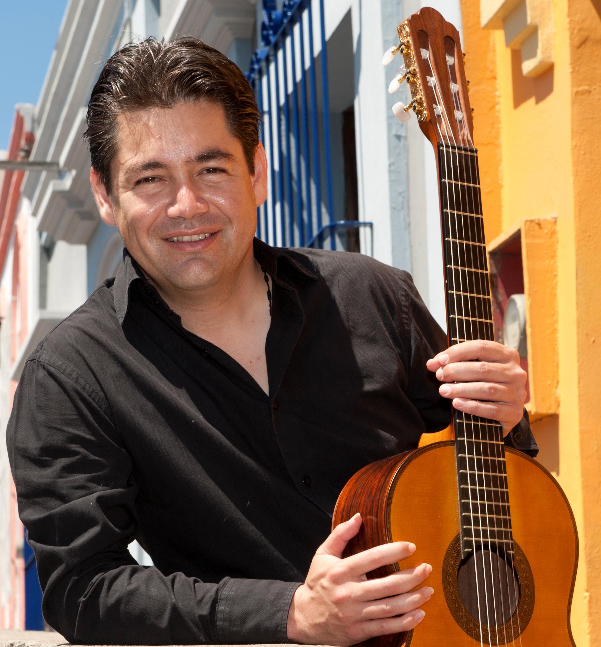Robert Perez Berrelleza, Mexico