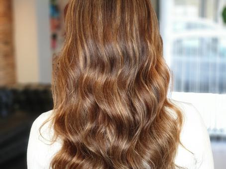 Cuidar tu cabello tras unas mechas