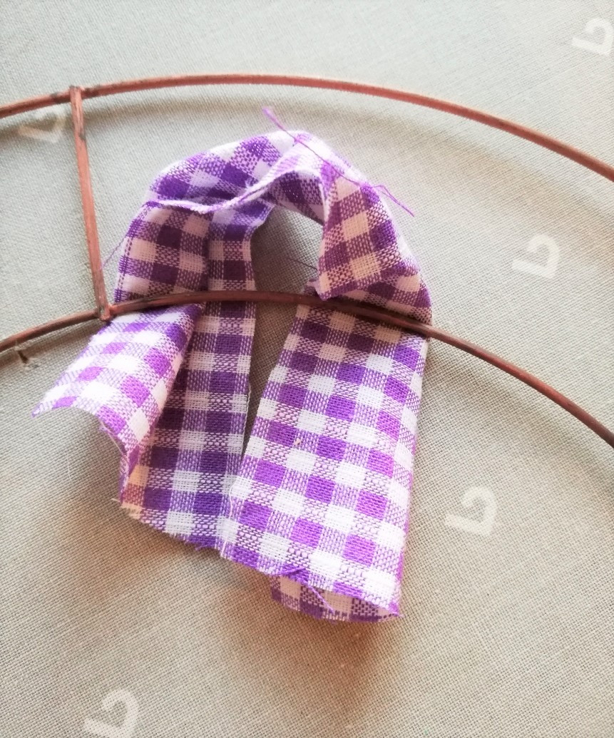 fabric for wreath knot