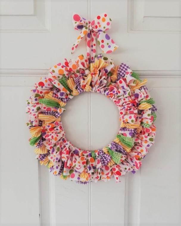 fabric wreath upcylcing craft project Astrid Blake