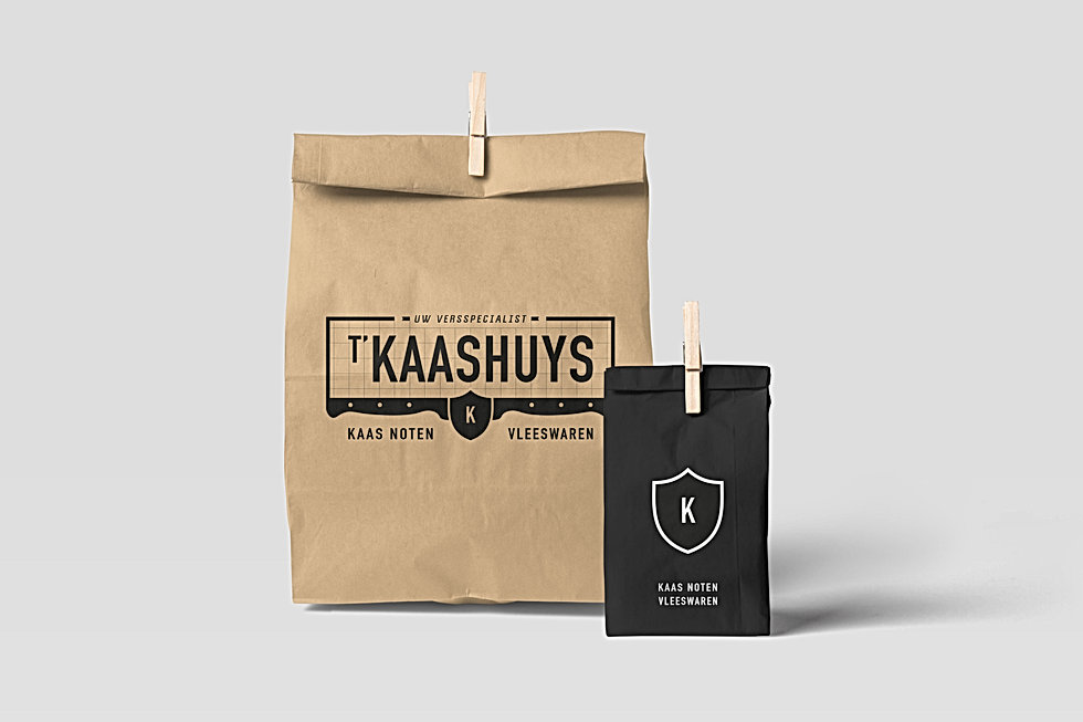T'kaashuys_Paper Bag Mockups_Groot.jpg