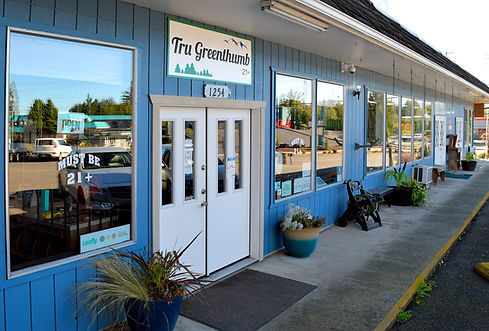 Tru Greenthumb 21+ marijuana dispensary Castle Rock WA near Mt St Helens