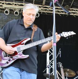 Tom-Guitar 2012