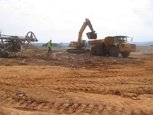 Full-time Safety Manager Opportunity with Liberty Excavators.