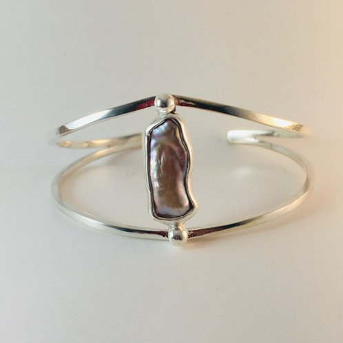 Sterling silver with mauve freshwater stick pearl