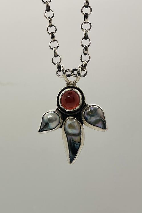 Garnet and dark grey/blue freshwater pearls