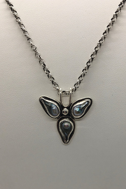 Sterling silver with dark grey freshwater pearls