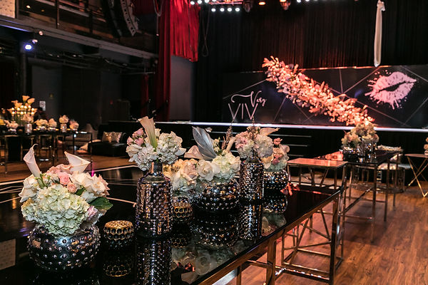 custom-room-decor-bat-mitzvah-lips-nude-