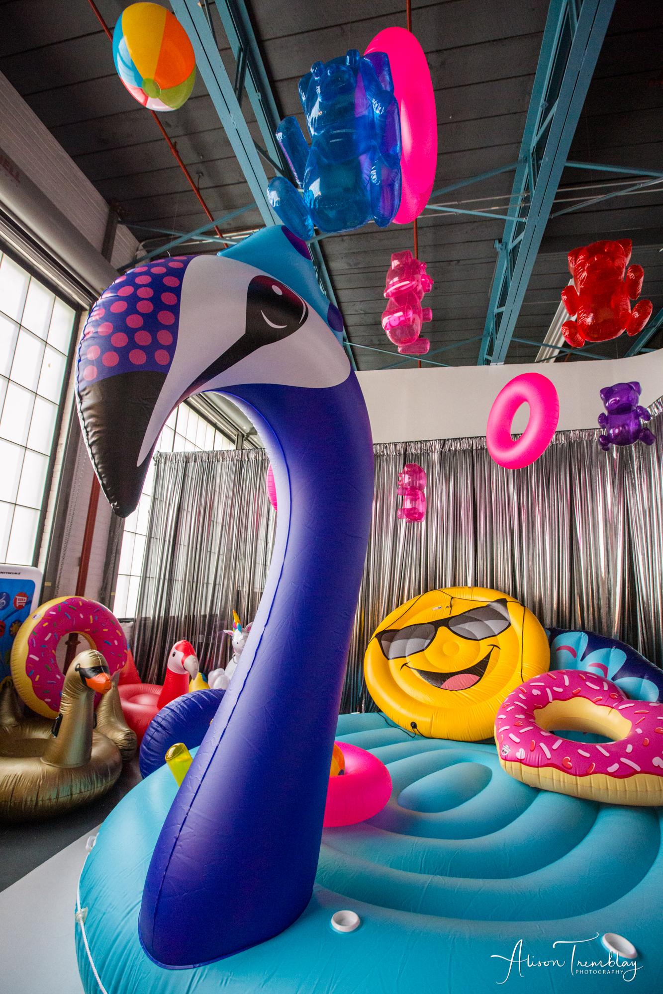 pool-party-float-room-instagram-selfie-r