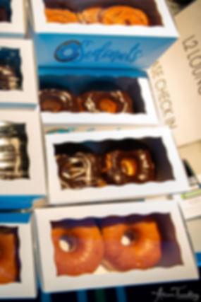 to-go-donut-treat-711-bat-mitzvah-logo-d