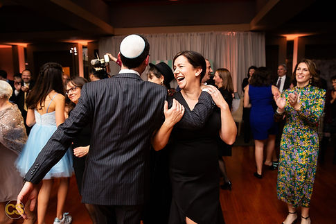 hora-dancing-bat-mitzvah-event-planning.