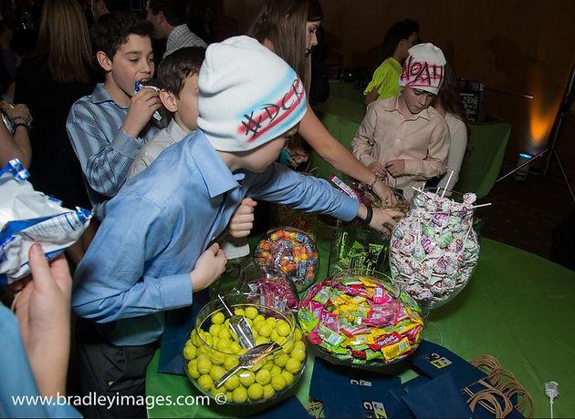 Mitzvah Candy Bar