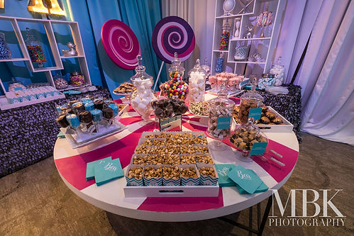 dessert-candy-bar-custom-lollipop-luxury