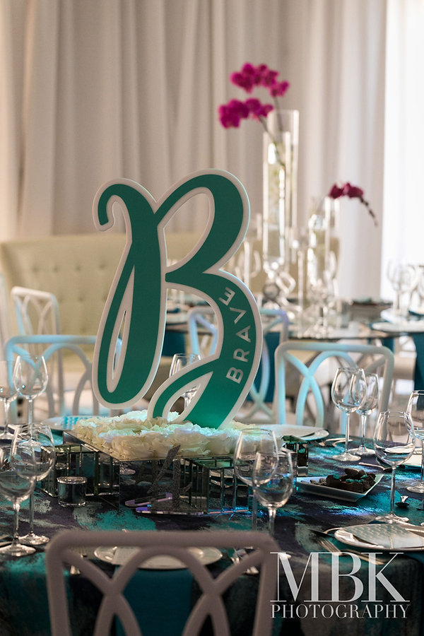 custom-acrylic-centerpiece-luxury-bar-ba