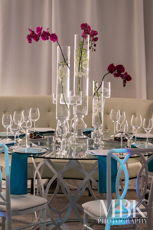 purple-orchid-centerpiece-banquette-luxu
