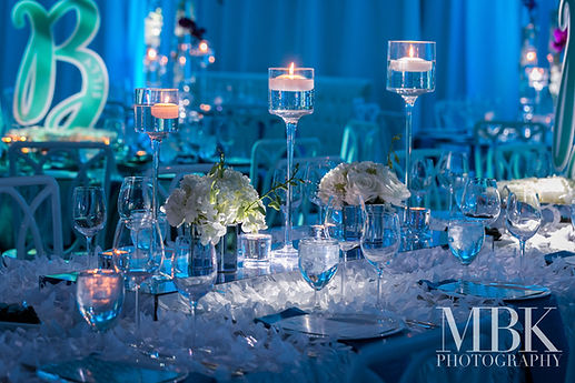table-centerpiece-decor-luxury-bar-bat-m