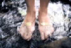 iq_feet.jpg