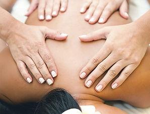 Site-Massagem-Massagem-a-4-mãos1-449x340