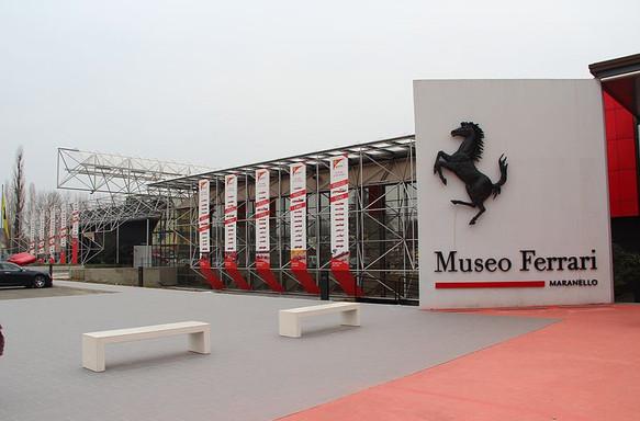 Ferrari-Museum_Maranello_3.JPG