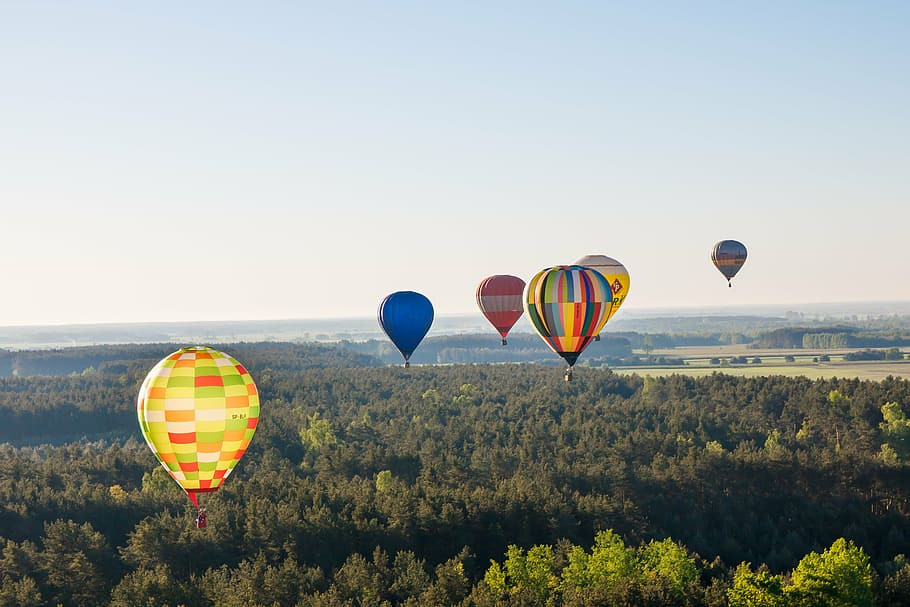 balloons-flying-colorful-air.jpg