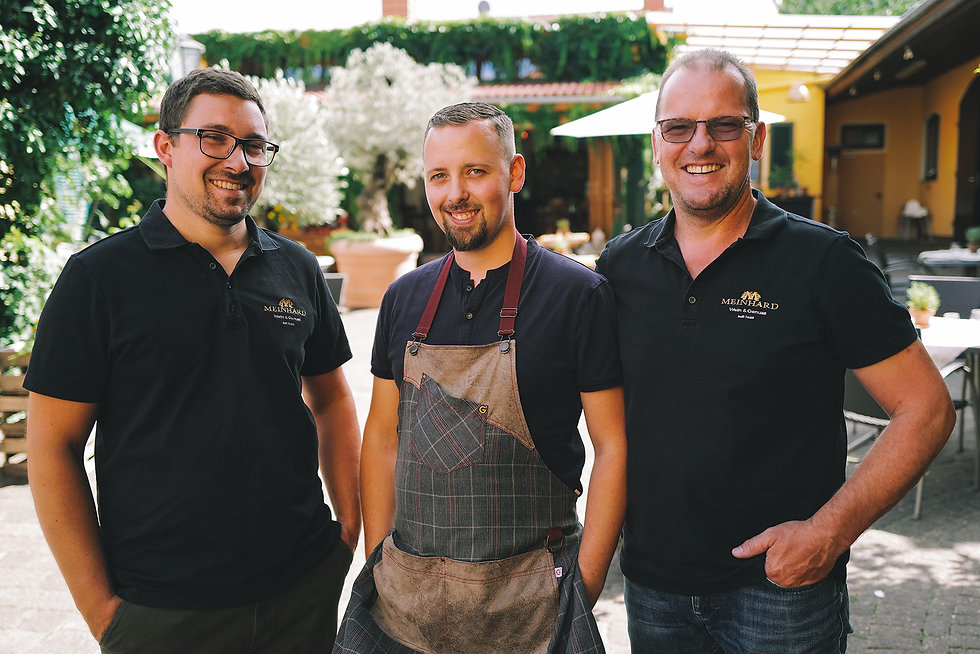Das Team des Weingut Meinhard