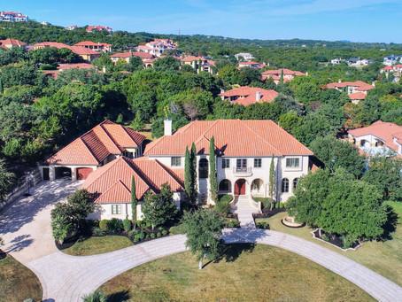 Elegant craftsmanship elevates this Italian estate in Austin