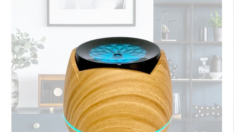 Light Wood Drum Shaped Designed Diffuser