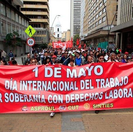 Viernes 1° de mayo Día del trabajo