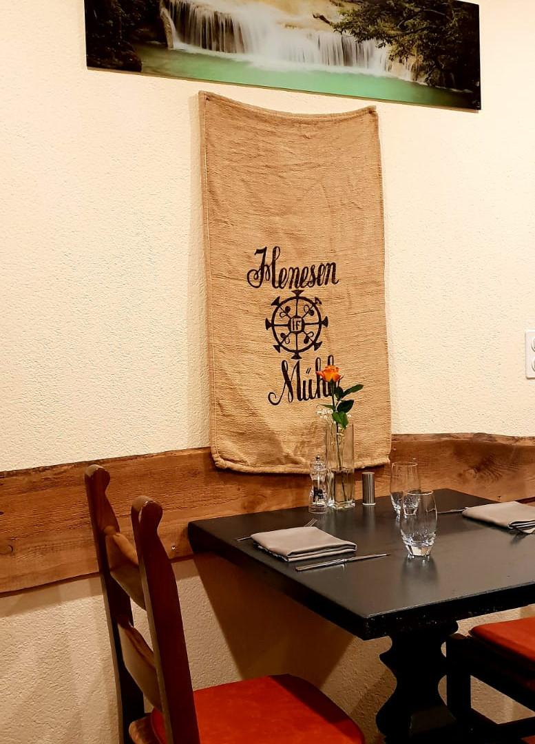 Pizza St. Gallen - Super Mario Restaurant