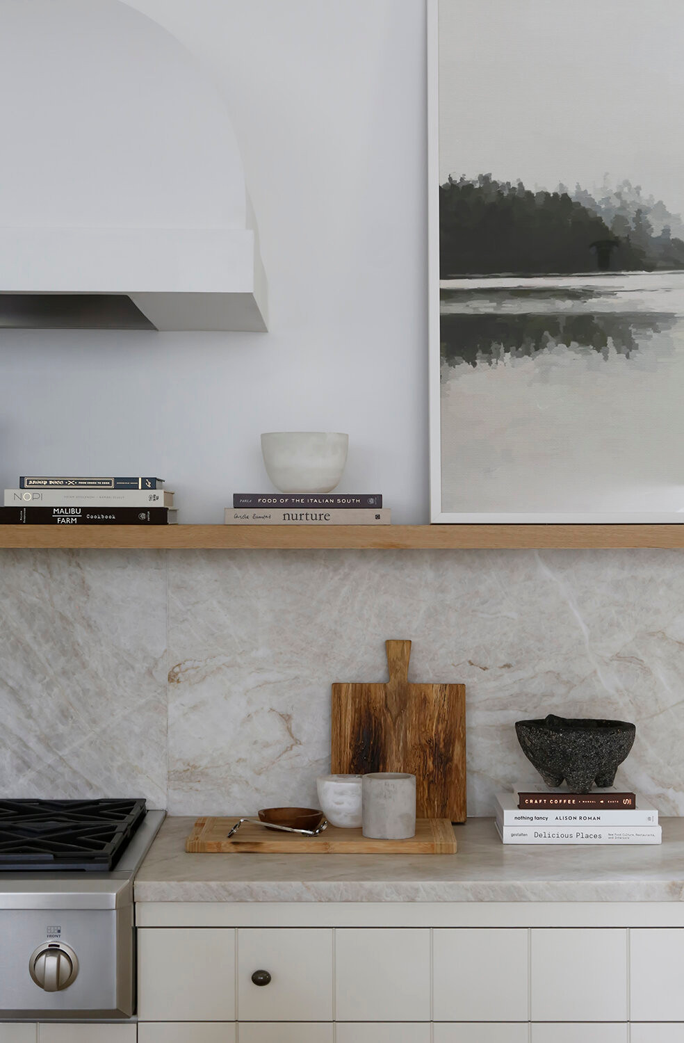 The Best Natural Stone Slabs For An Organic Earthy Kitchen