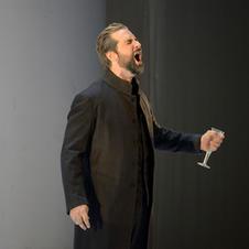 Eugene Onegin (Deutsche Oper Berlin, Bettina Stöß)