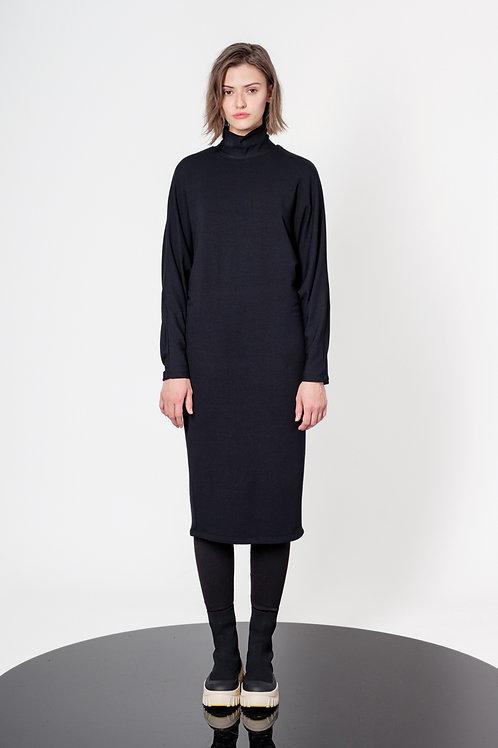 V shape turtleneck midi dress