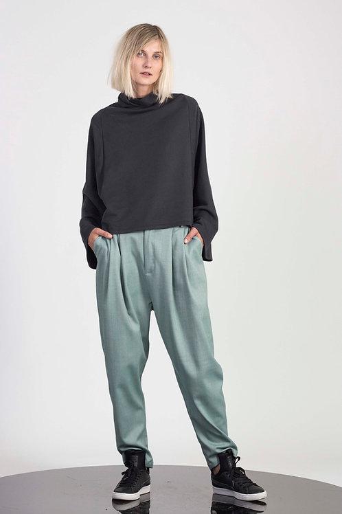 Mid waist pegged pants