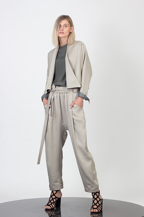 Slouchy pegged pants