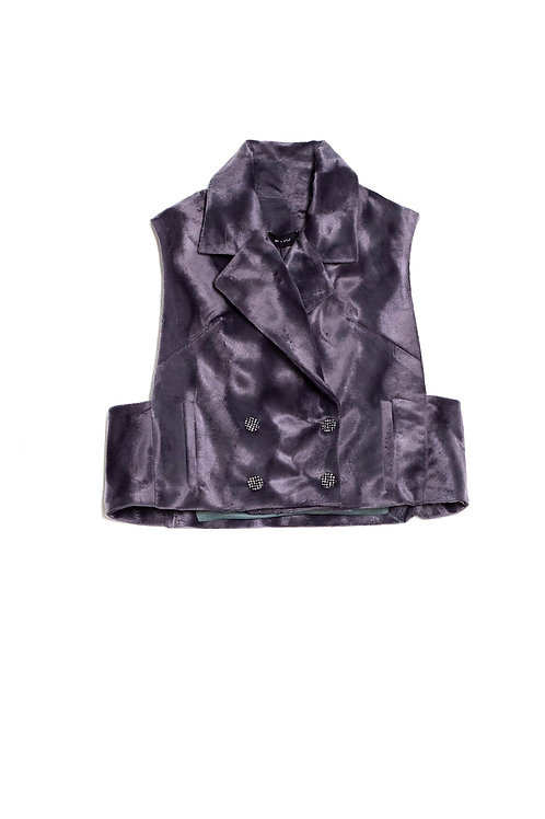 Double breasted sleevless eco fur vest