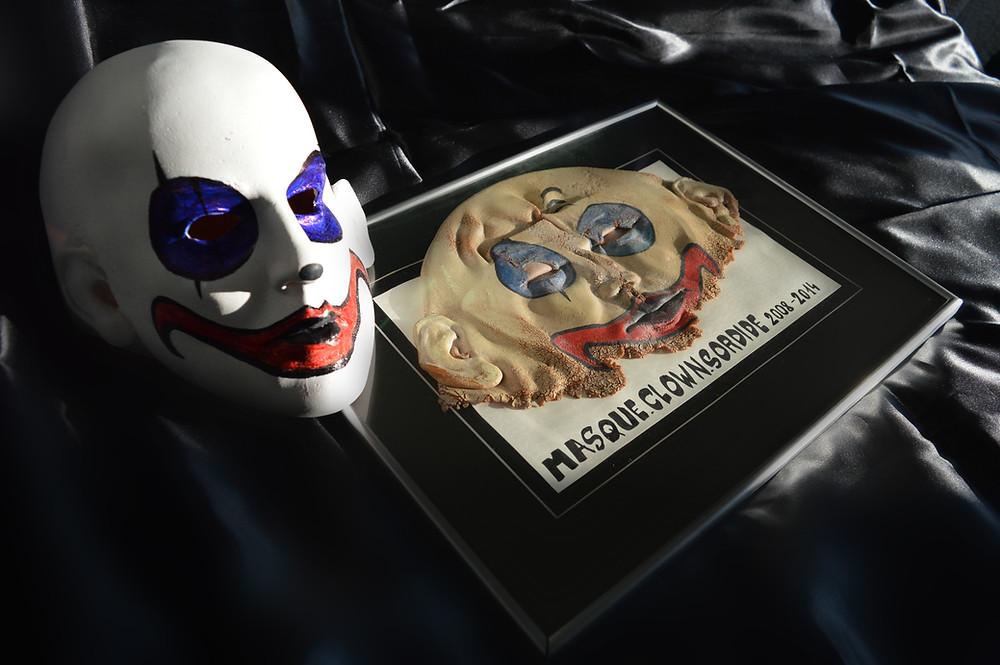 maskdead2.jpg