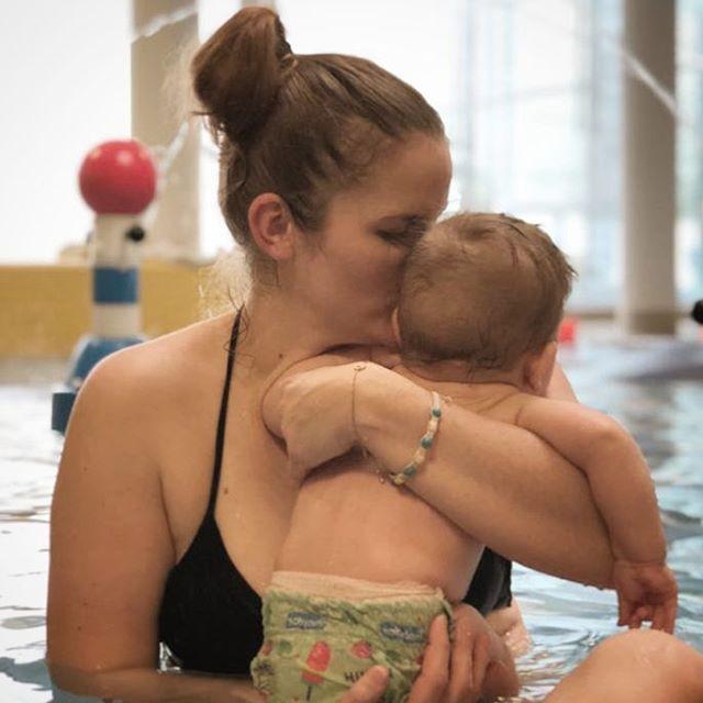 Mamablog-München-Kruemel-im-Bett-Schwimmbad-mit-Baby-5-tipps-für-einen-entspannten-tag-im-schwimmbad