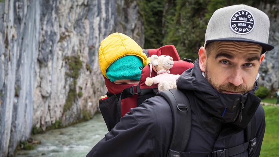 Wandern mit Kindern: Die Geisterklamm in Mittenwald mit Activity Stationen für die Kleinen
