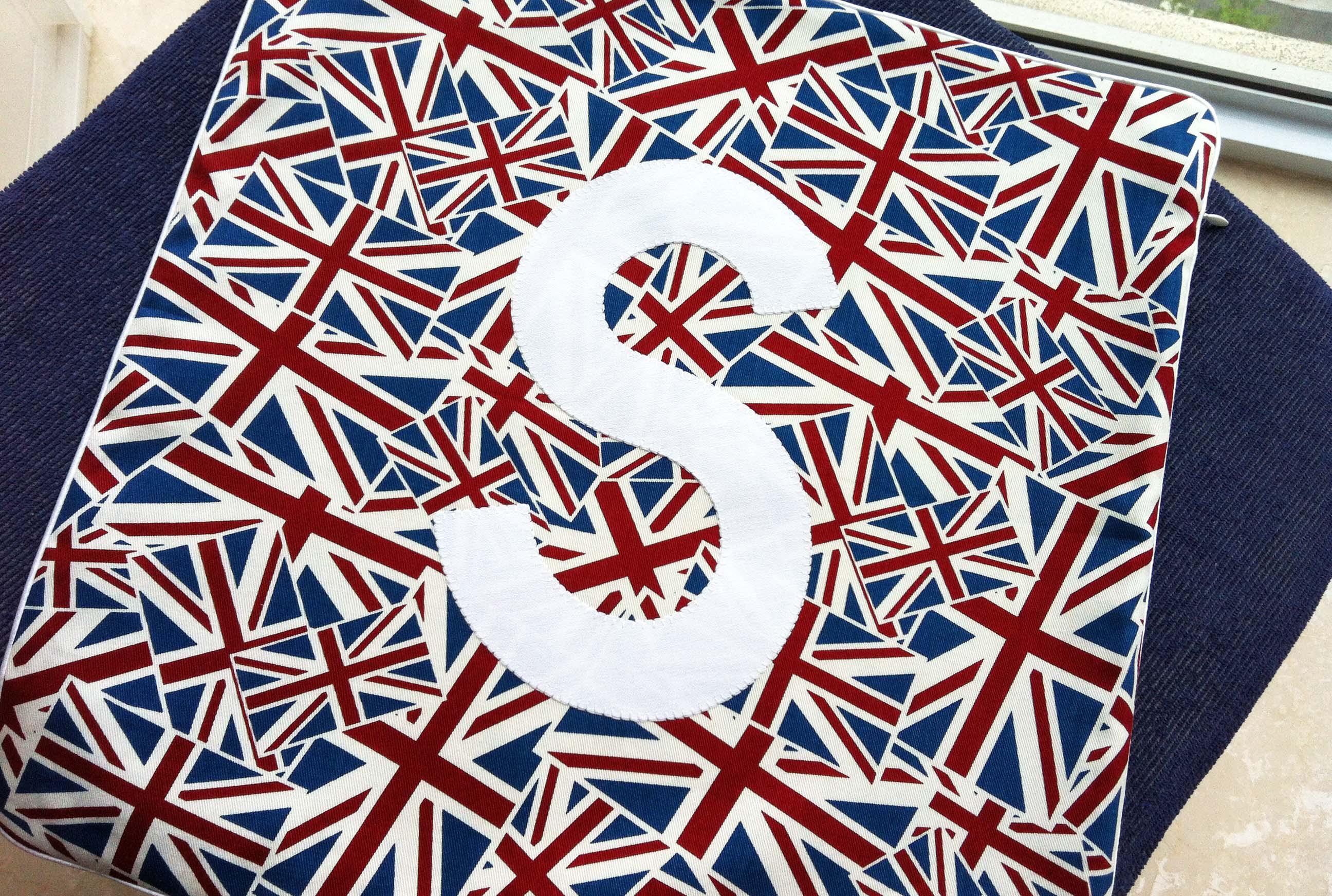 Printed UK Cushion