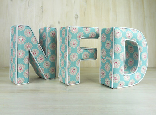 Turquoise Daisy Padded Letter