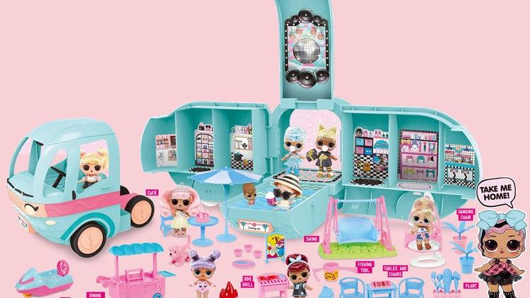 L.O.L. Surprise! 2-In-1 Glamper Fashion Camper With 22+ Surprises LOL Dolls Car