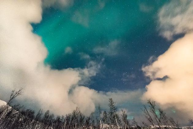 Aurora 'n Clouds 4