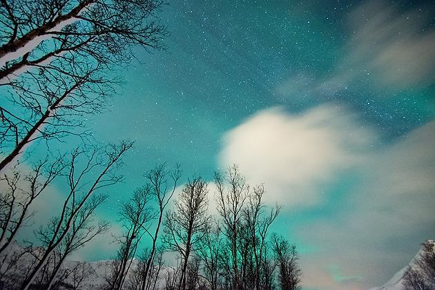 Aurora 'n Clouds 1