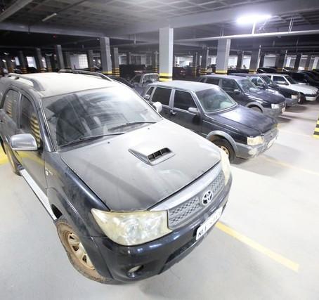 ALE-RO anuncia leilão de carros, armários, computador, cafeteira e até cinzeiro
