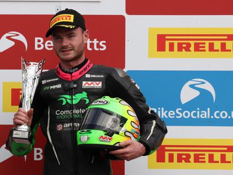 Double podium success for Eugene McManus at Oulton Park