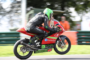 Archer makes a successful return to Moto3 at Cadwell Park