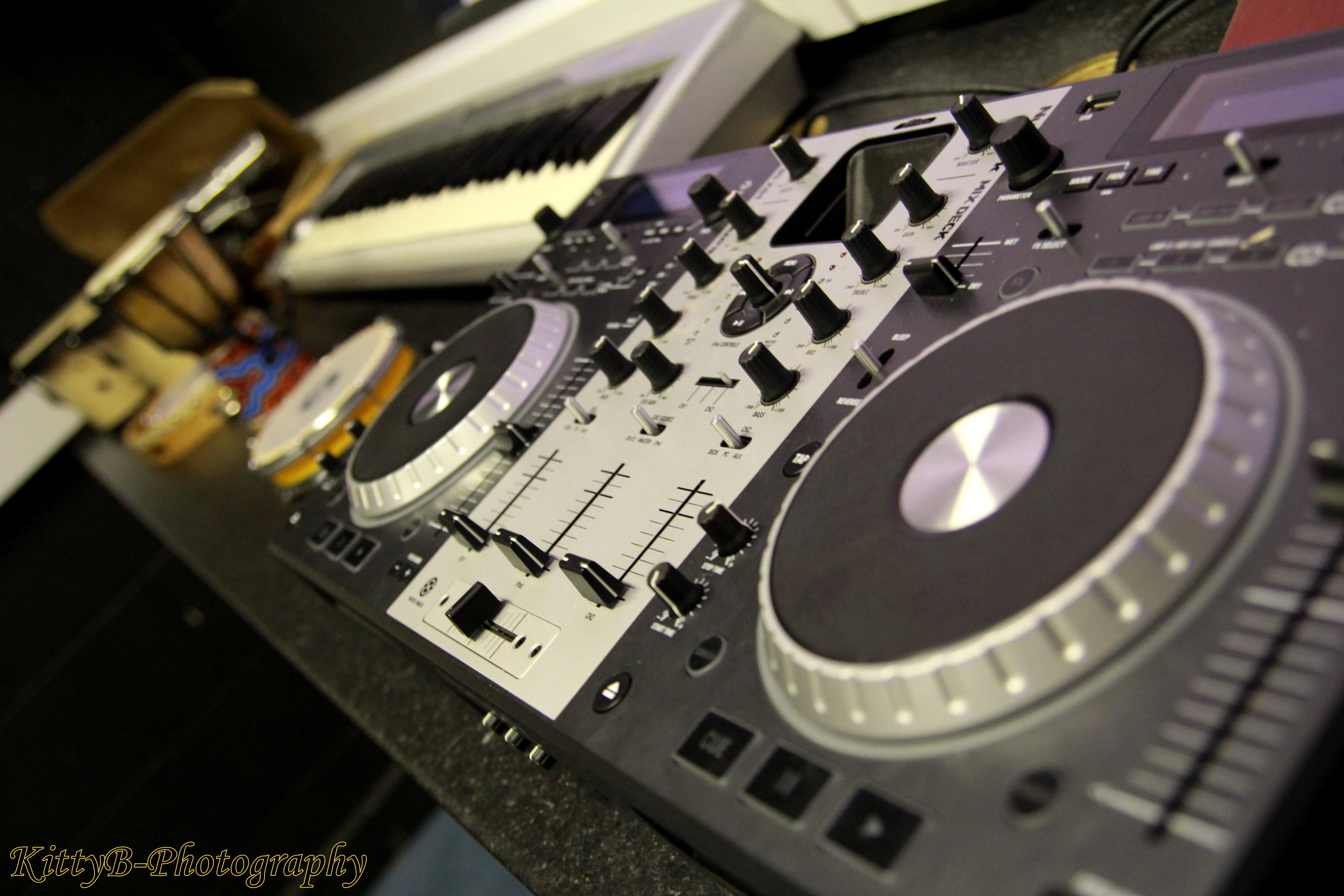 techno gear in music room