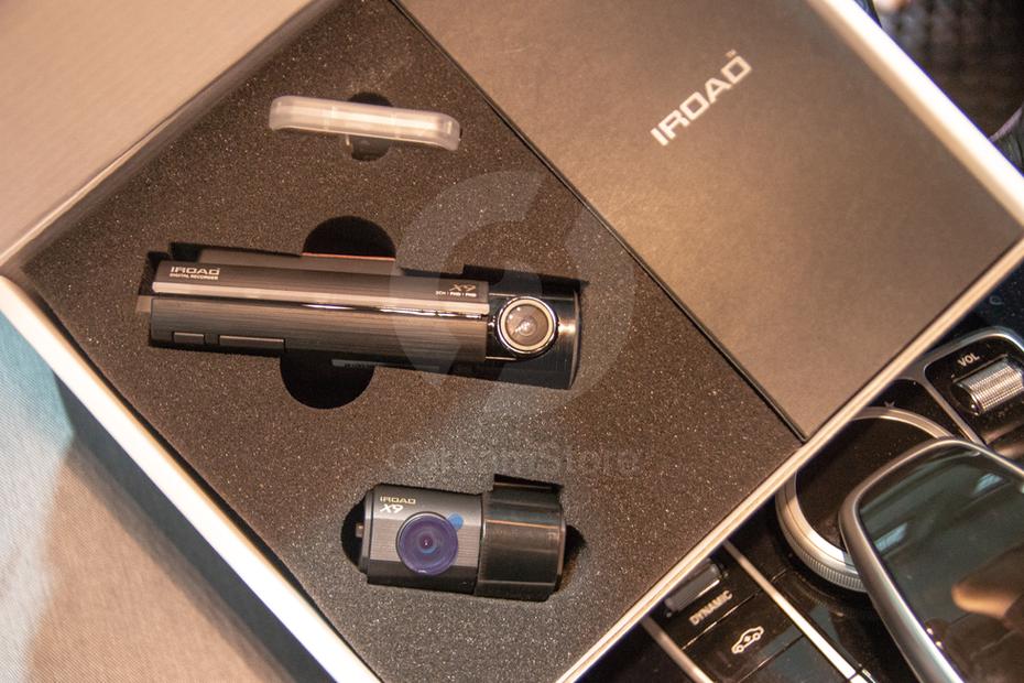 ตัวอย่าง Unboxing ตัวกล้องวางเรียงอย่างสวยงามในกล่อง