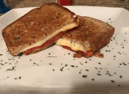 Fabulous Grilled Cheese Pizza