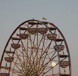 giant wheel dusk
